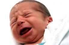Що робити, якщо у малюка нежить з жовтими соплями?