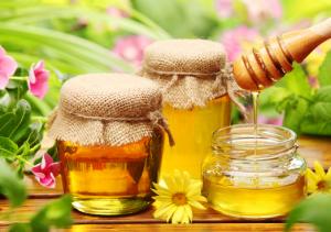 Рецепти з медом від кашлю які реально допомагають