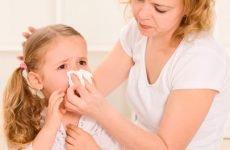 Непотрібні і шкідливі народні засоби лікування нежиті у дітей