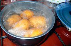 Варто дихати над картоплею, щоб позбутися від нежиті?