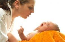 Що робити при нежиті з кров'ю у немовляти?