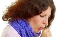 Чому виникає сухий кашель?