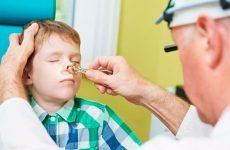 Як лікувати затяжний нежить у дитини?