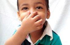 Що означає закладеність носа без нежиті у дитини і як з нею боротися?