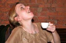 Як при ангіні правильно полоскати горло?