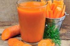 Можна немовляті закопувати морквяний сік від нежиті?