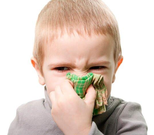 Как лечить гомеопатией зеленые сопли у ребенка