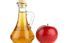 Допомагають полоскання яблучним оцтом при ангіні?