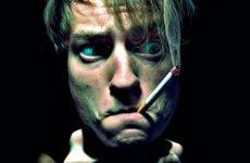 Можна палити при гнійній ангіні?