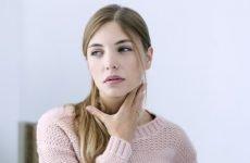 Сухість в горлі – причини її появи і лікування