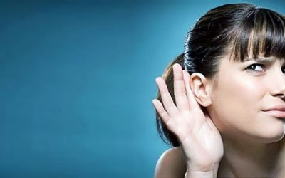 Вухо погано чує, але не болить – причини недуги і як від нього позбавитися?