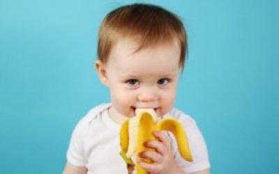 Банан від кашлю: рецепт дитині з молоком, медом