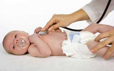 Пневмонія у новонароджених: причини, лікування і наслідки