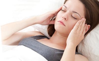 Мігрень у жінок: симптоми і лікування