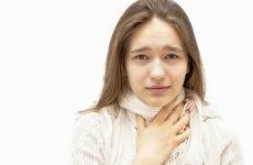 Болить горло з одного боку при ковтанні – як лікувати