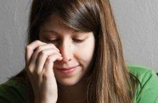 Свербить ніс: причини та можливі діагнози