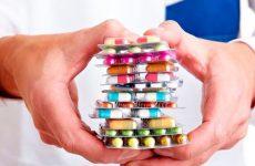 Антибіотики при ангіні: список препаратів в таблетках для дорослих і дітей