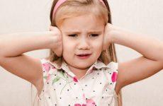 Біль у вусі дитини: перша допомога, знеболювання, краплі від отиту