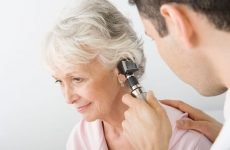 Хвороби вуха: причини, симптоми і лікування у людини