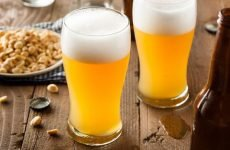 Гаряче пиво від болю в горлі: допомагає чи, як лікувати, рецепти