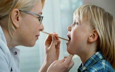 Інгаляції при аденоїдах у дітей небулайзером: розчини, чи можна робити