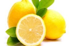 Лимон при ангіні і болю в горлі у дорослих і дітей: рецепти, можна їсти