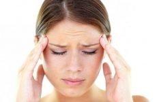 Після промивання носа болить голова: основні причини