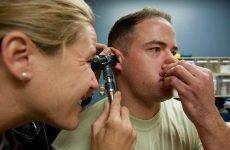 Продування вух при отиті: як правильно і можна