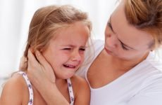 Дитина погано чує після отиту: що робити і як лікувати