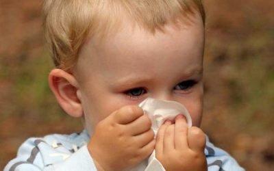 Спрей від нежиті для дітей від року: огляд кращих і ефективних