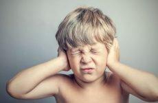 У дитини болить вухо: що робити в домашніх умовах, знеболюючу