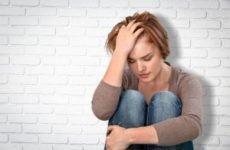 Головний біль як один з провідних симптомів депресії.
