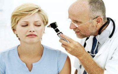 Гнійний отит: симптоми, причини і лікування