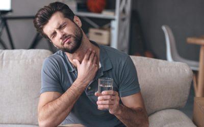 Ком в горлі після їжі – що це може бути, причини і лікування