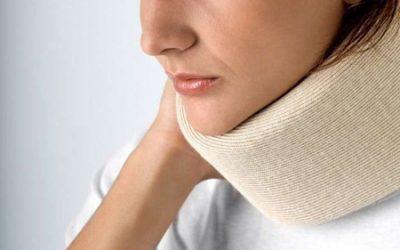 Компрес на горло – як правильно зробити, показання та види пов'язок