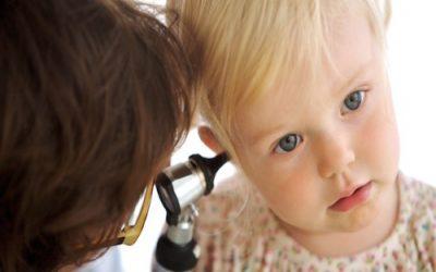 Отит середнього вуха у дітей: симптоми і лікування