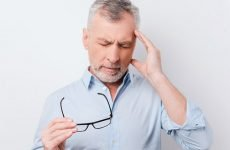 Писк у вухах: причини, діагностика та лікування