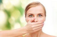 Поганий запах з і горла – причини, симптоматика, до кого звернутися