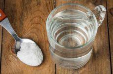 Полоскання горла содою і сіллю при ангіні – пропорції і розчини
