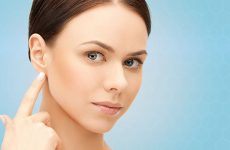 Шишка за вухом: причини, різновиди і лікування