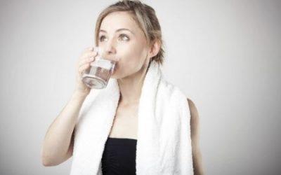 Сода з йодом і сіллю для полоскання горла – пропорції розчину