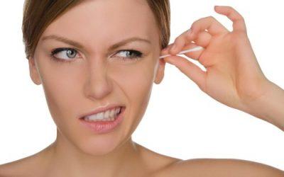 Закладеність вуха з болем і без: що робити і як лікувати