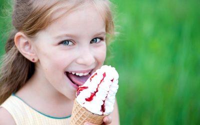 Морозиво при ангіні: чи можна їсти коли болить горло, допомагає чи ні