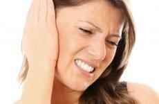 Біль у вухах при застуді: можливі причини і методи лікування